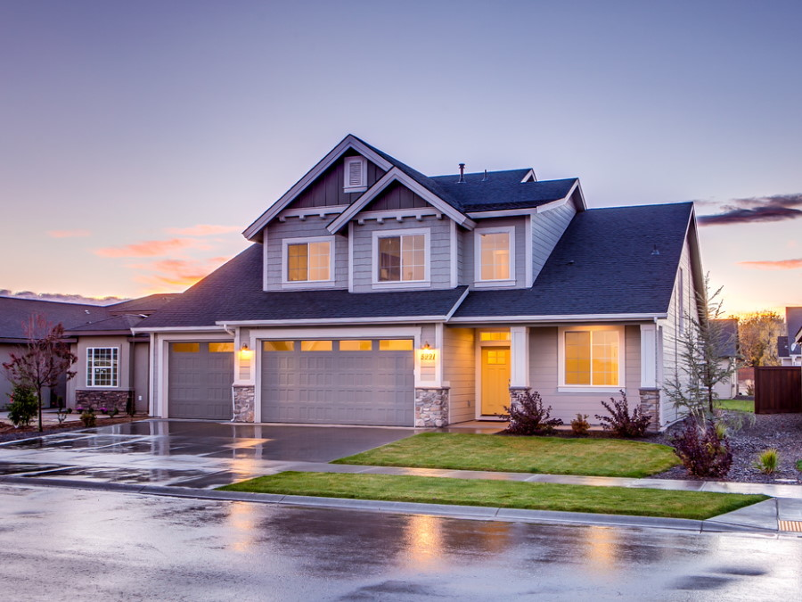 9 Quick, Inexpensive and Easy Ways to Improve Your Home's Curb Appeal
